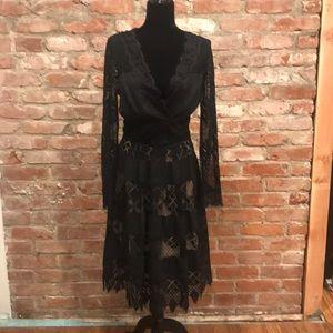 Flowy lace dress 3/4 length skirt